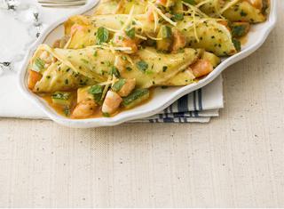 Ragù di gamberi con zucchine e crespelle