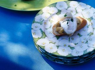 Bruschette con uova strapazzate