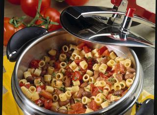 Ricetta Pasta, fagioli e pomodoro