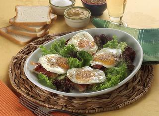 Crostini uova e pancetta
