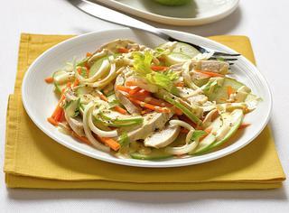 Ricetta Insalata di pollo, sedano e carota