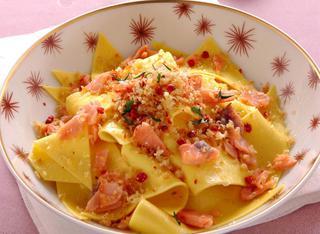 Ricetta Stracci di pasta al salmone