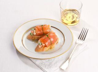 Ricetta Insalata russa negli involtini di salmone