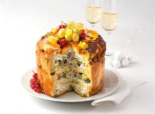 Ricetta Panettone ripieno con panna e frutta fresca