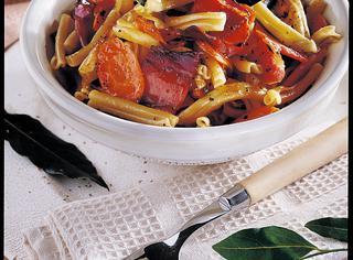 Pasta al forno con speck e carote