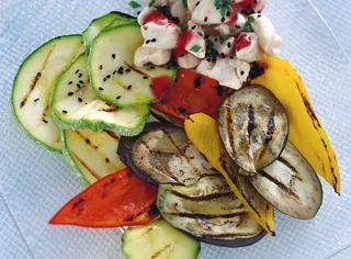 Spezzatino di pollo al vapore e verdure