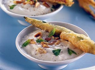 Ricetta Zucchine fritte con salsa profumata