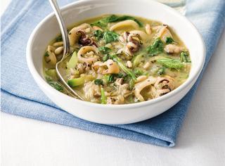 Ricetta Zuppa di seppie con bietole e zucchine