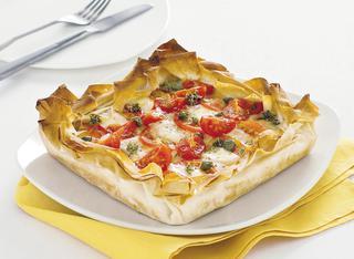 Ricetta Torta salata con pomodori, capperi e mozzarella