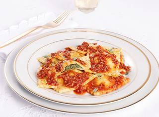 Ricetta Ravioli al ragù di salsiccia