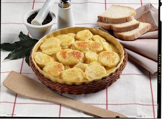 Patate speziate in salsa d'aglio