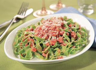 Ricetta Tagliatelle verdi al ragù di carne