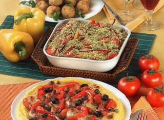 Pizza di polenta ai sapori mediterranei