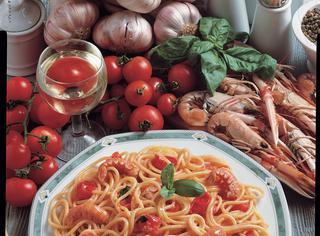 Ricetta Spaghetti agli scampi in rosso