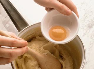 Ricetta Pasta per bigné: ricetta base