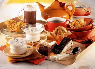 Ricetta Latte alla vaniglia e torta di cioccolato