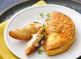 Omelette zenzero e peperoncino al formaggio