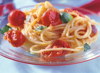 Spaghetti ammollicati con pomodorini