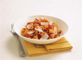 Pasta e patate con speck