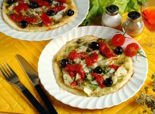 Pizza di baccalà e scarola