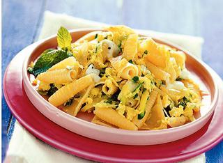 Ricetta Castellane con zucchine, uova e mozzarella