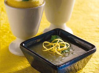 Pudding con salsa al limone