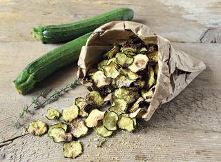 Ricetta Chips di zucchine al forno