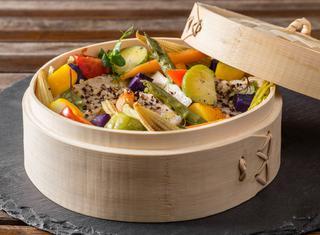 Ricetta Branzino con verdure al vapore