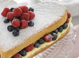Ricetta Torta al limone e frutti di bosco