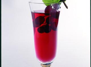 Aperitivo con aperol le 10 migliori ricette for Bicchieri aperol spritz