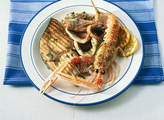Come preparare una grigliata di pesce