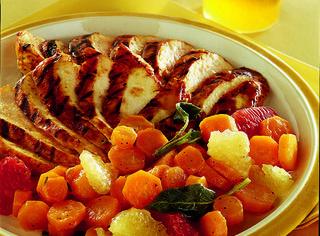Come preparare i petti di pollo alle carote