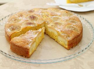 Torta rustica di mele e mais