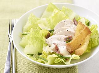 Caesar's salad con petto di pollo