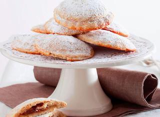 Biscotti con farina integrale e mele