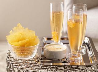 Aperitivo allo champagne