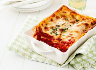 Lasagne al forno con salumi e besciamella
