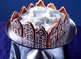 Torta con casette di pan di zenzero