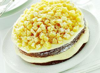 Torta mimosa con crema pasticcera