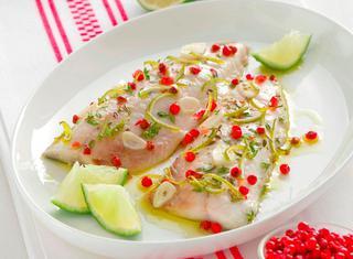 Filetti di pesce al pepe rosa