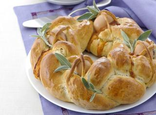 Torta di Pasqua con le uova
