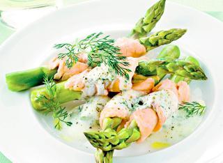 Asparagi e salmone al forno