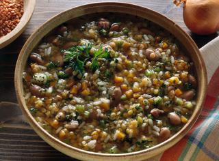 Minestra di riso e lenticchie