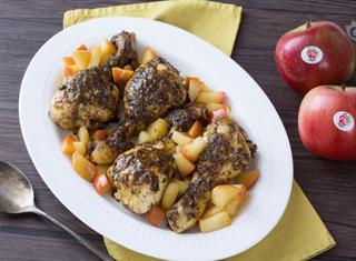 Cosce di pollo al forno con mele