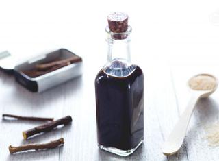 Come preparare il liquore alla liquirizia