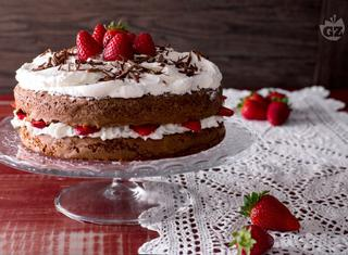 Come guarnire una torta con le fragole