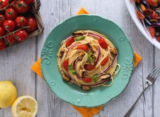 Spaghetti con cozze alla catalana