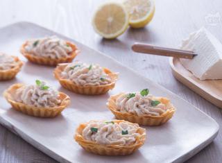 Come preparare le barchette croccanti con mousse di tonno