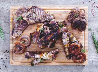 Come servire la grigliata di carne