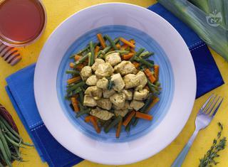 Tacchino al curry con verdure croccanti